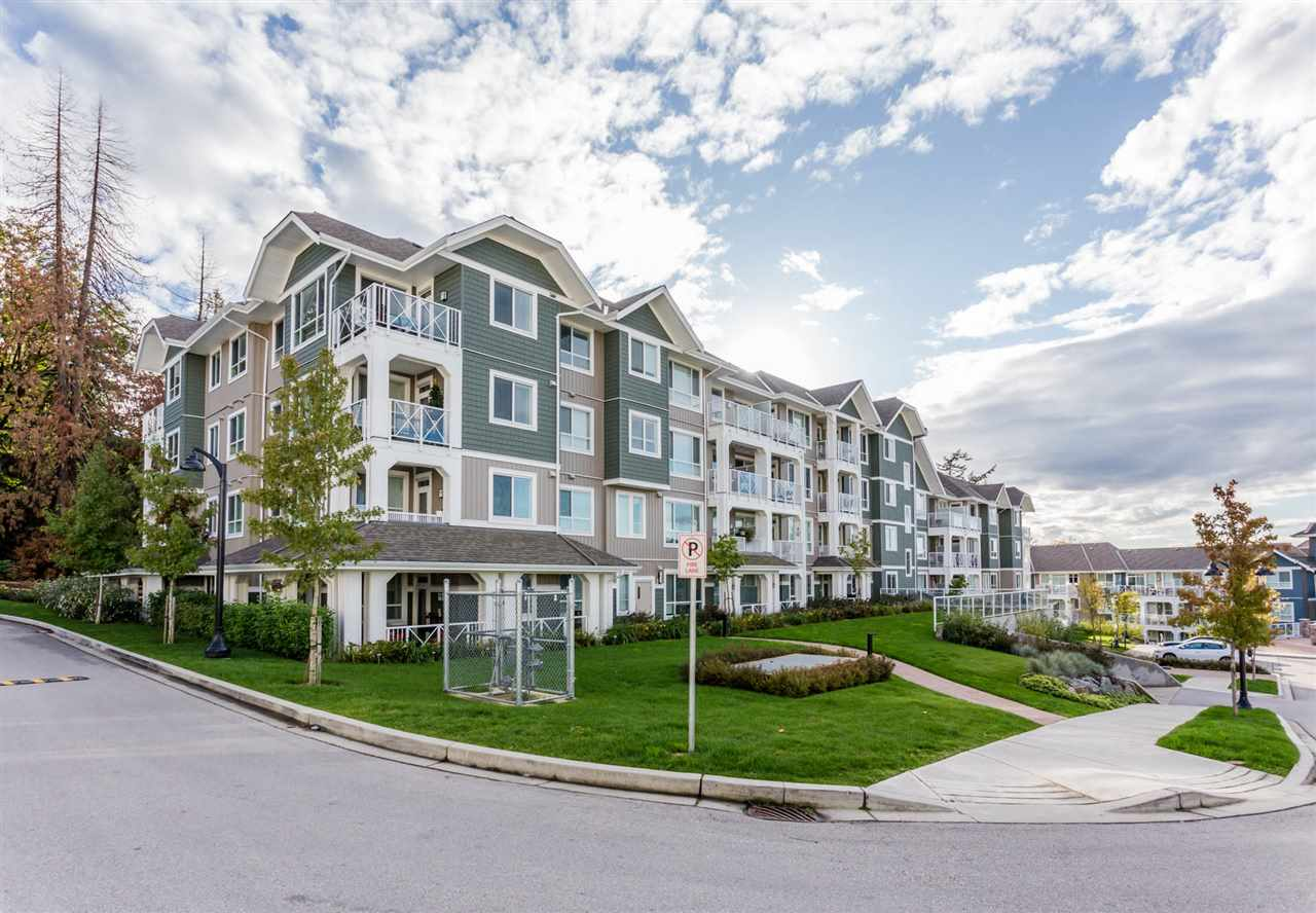 "Main Photo: 314 16388 64 Avenue in Surrey: Cloverdale BC Condo for sale in ""The Ridge at Bose Farms"" (Cloverdale)  : MLS® # R2213779"