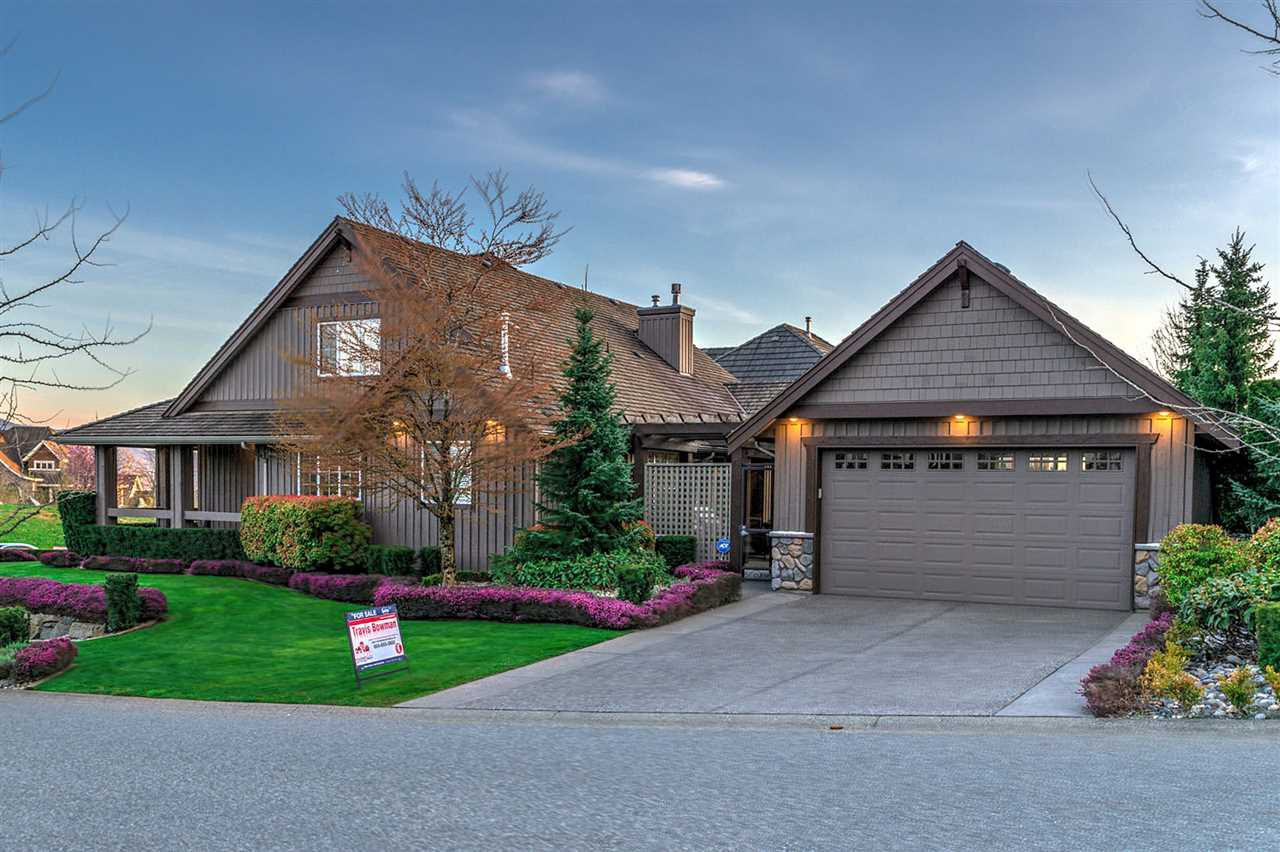 "Main Photo: 2539 EAGLE MOUNTAIN Drive in Abbotsford: Abbotsford East House for sale in ""Eagle Mountain"" : MLS®# R2257390"