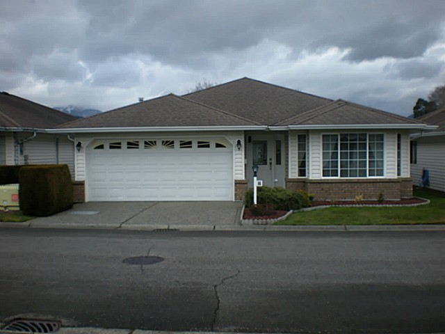 "Main Photo: 16 46485 AIRPORT Road in Chilliwack: Chilliwack E Young-Yale House for sale in ""WILLOWBROOK"" : MLS(r) # H1400538"