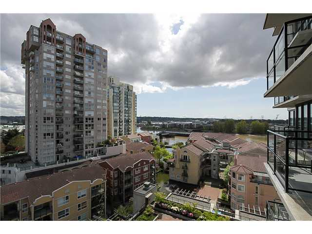 "Photo 11: 1001 1 RENAISSANCE Square in New Westminster: Quay Condo for sale in ""THE Q AT THE NEW WESTMINSTER QUAY"" : MLS(r) # V1061175"