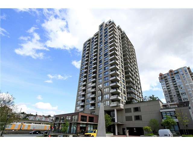 "Main Photo: 1001 1 RENAISSANCE Square in New Westminster: Quay Condo for sale in ""THE Q AT THE NEW WESTMINSTER QUAY"" : MLS(r) # V1061175"