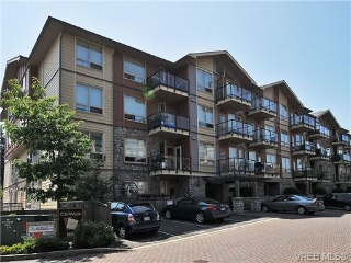 Main Photo: 102 825 Goldstream Avenue in VICTORIA: La Langford Proper Condo Apartment for sale (Langford)  : MLS®# 338631