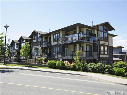 Main Photo: 201 3226 Jacklin Road in VICTORIA: La Walfred Condo Apartment for sale (Langford)  : MLS® # 348370
