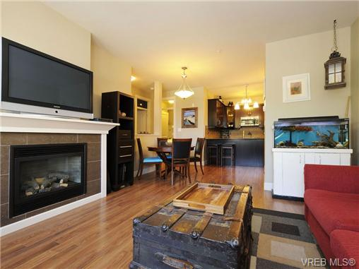 Photo 3: 201 3226 Jacklin Road in VICTORIA: La Walfred Condo Apartment for sale (Langford)  : MLS(r) # 348370