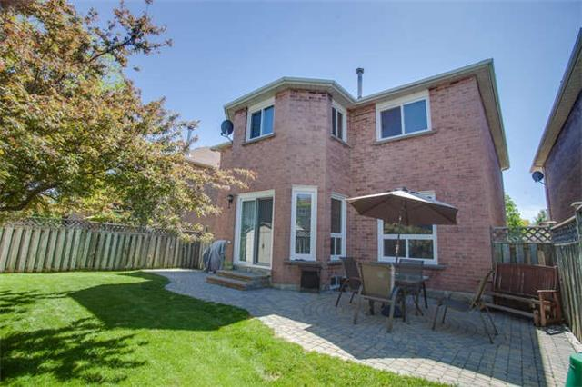 Main Photo: 5535 Millbrook Lane in Mississauga: East Credit House (2-Storey) for sale : MLS(r) # W3288117