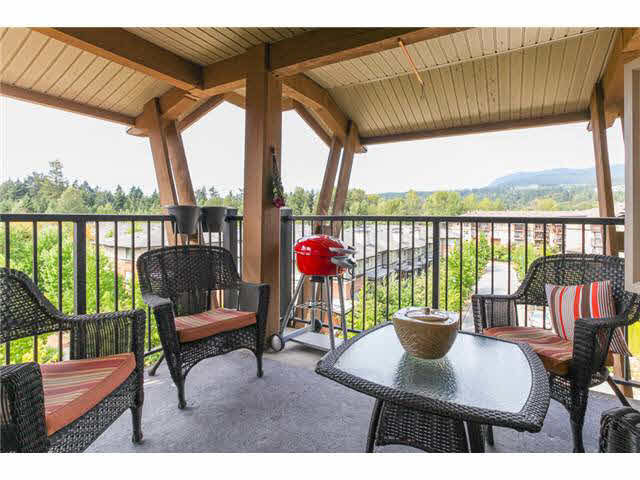 "Photo 16: 405 500 KLAHANIE Drive in PORT MOODY: Port Moody Centre Condo for sale in ""TIDES AT KLAHANIE"" (Port Moody)  : MLS(r) # V1142107"
