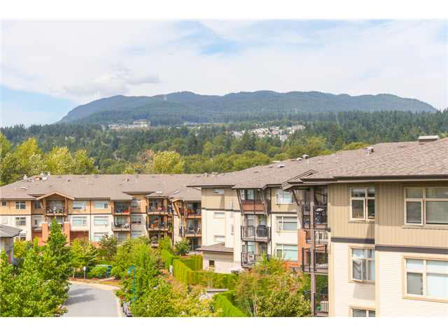 "Main Photo: 405 500 KLAHANIE Drive in PORT MOODY: Port Moody Centre Condo for sale in ""TIDES AT KLAHANIE"" (Port Moody)  : MLS(r) # V1142107"