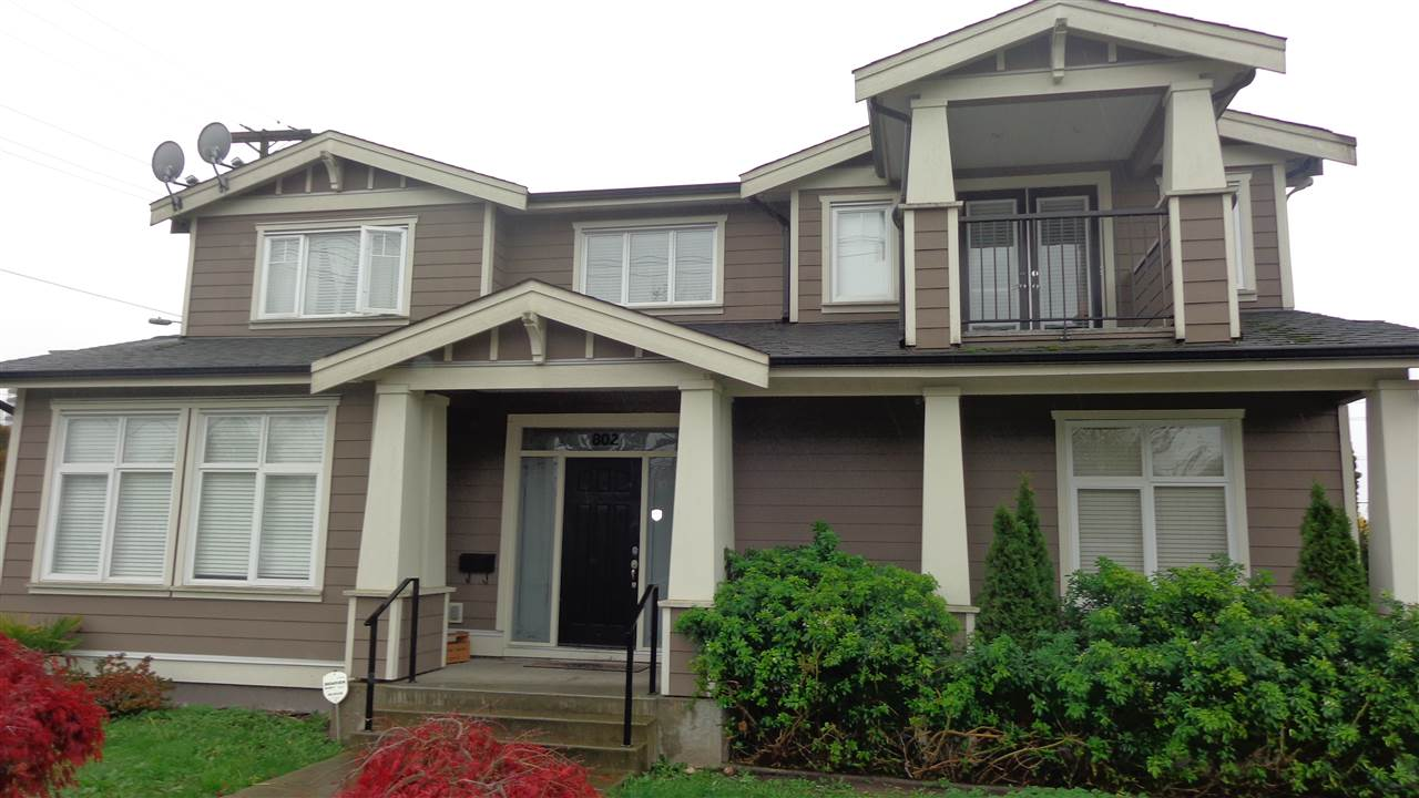 "Main Photo: 802 EDINBURGH Street in New Westminster: Moody Park House for sale in ""MOODY PARK"" : MLS® # R2015669"