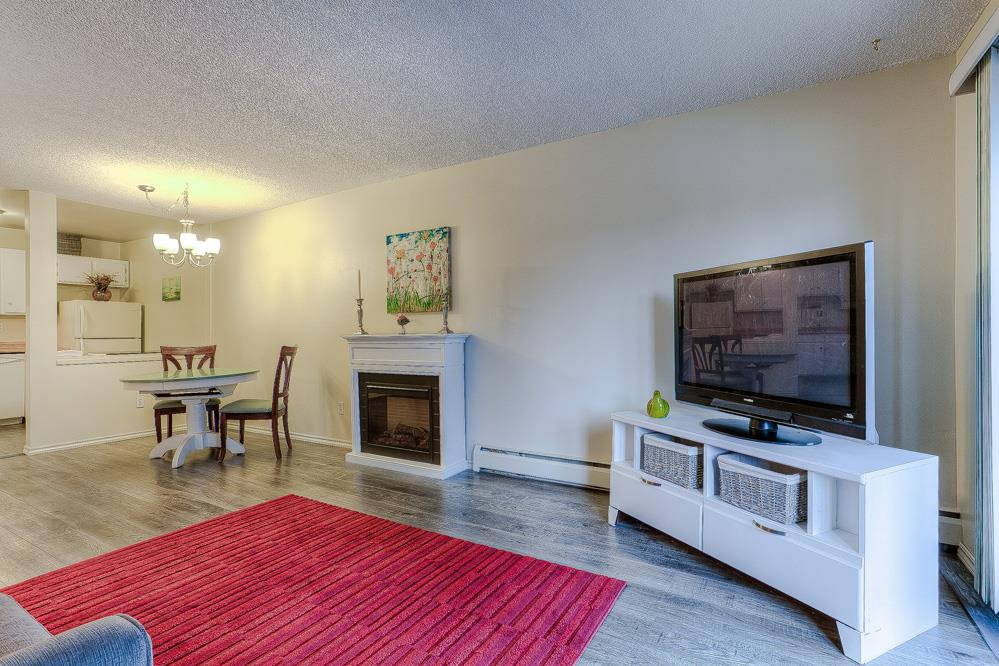 Photo 2: 201 12170 222 Street in Maple Ridge: West Central Condo for sale : MLS(r) # R2019001