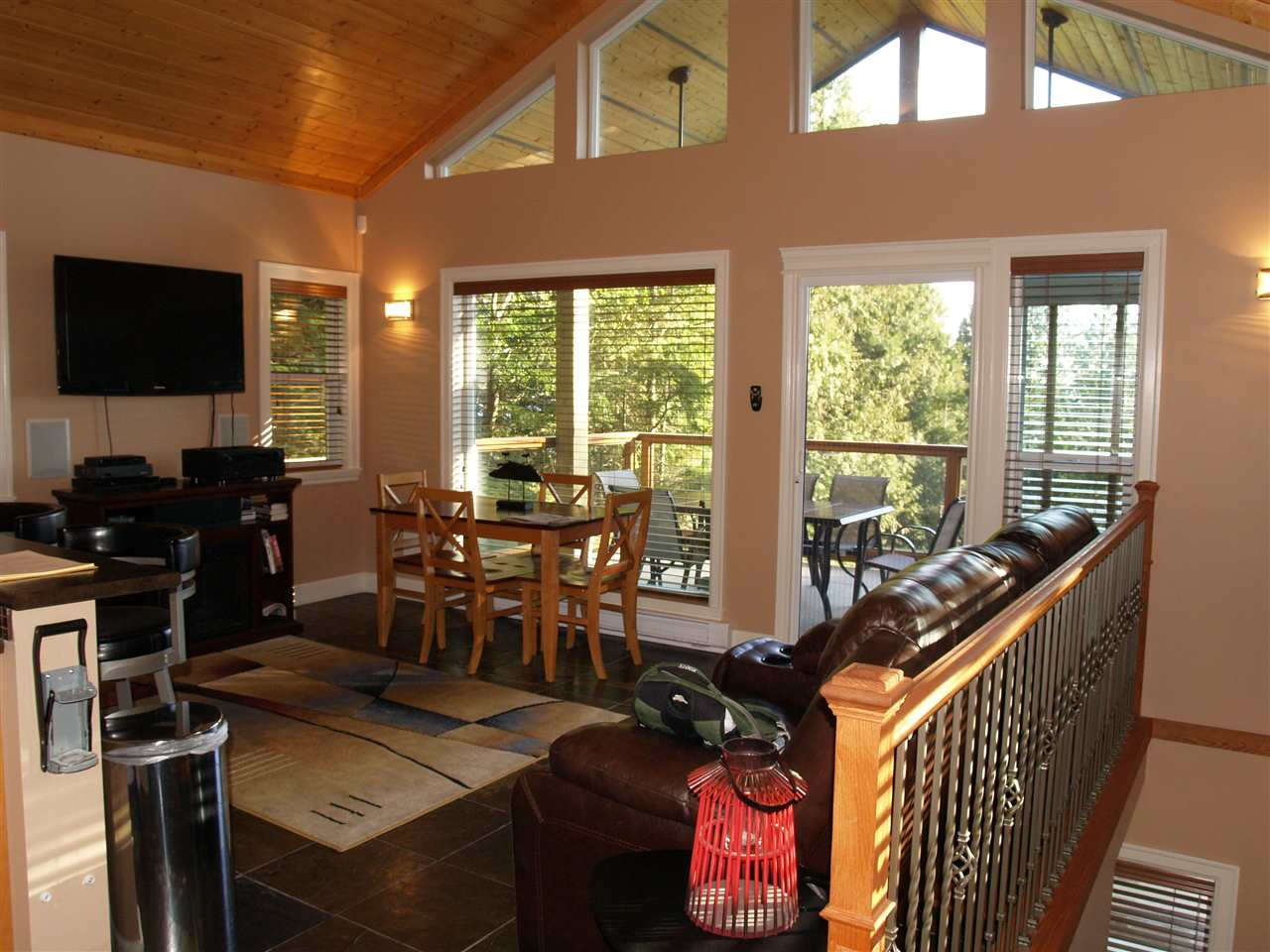 "Photo 13: Photos: 360 ESPLANADE Road: Keats Island House for sale in ""EASTBOURNE"" (Sunshine Coast)  : MLS® # R2057296"