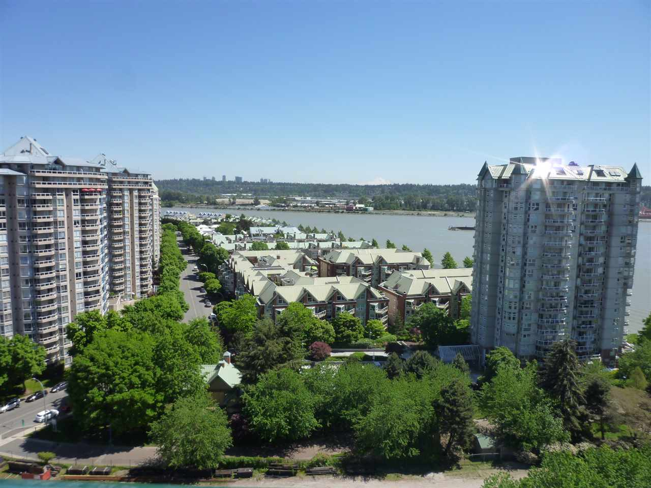 "Photo 14: 1003 10 LAGUNA Court in New Westminster: Quay Condo for sale in ""LAGUNA LANDING"" : MLS(r) # R2069765"