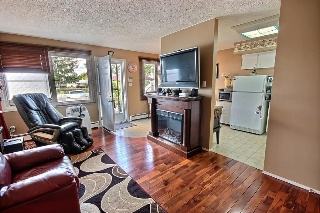 Main Photo: 101 16348 109 Street in Edmonton: Zone 27 Townhouse for sale : MLS(r) # E4035361