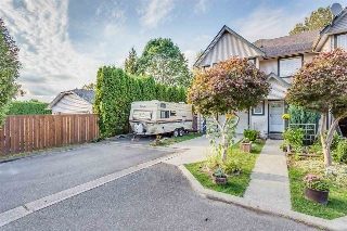 Main Photo: 9 22980 ABERNETHY Lane in Maple Ridge: East Central Townhouse for sale : MLS® # R2105819