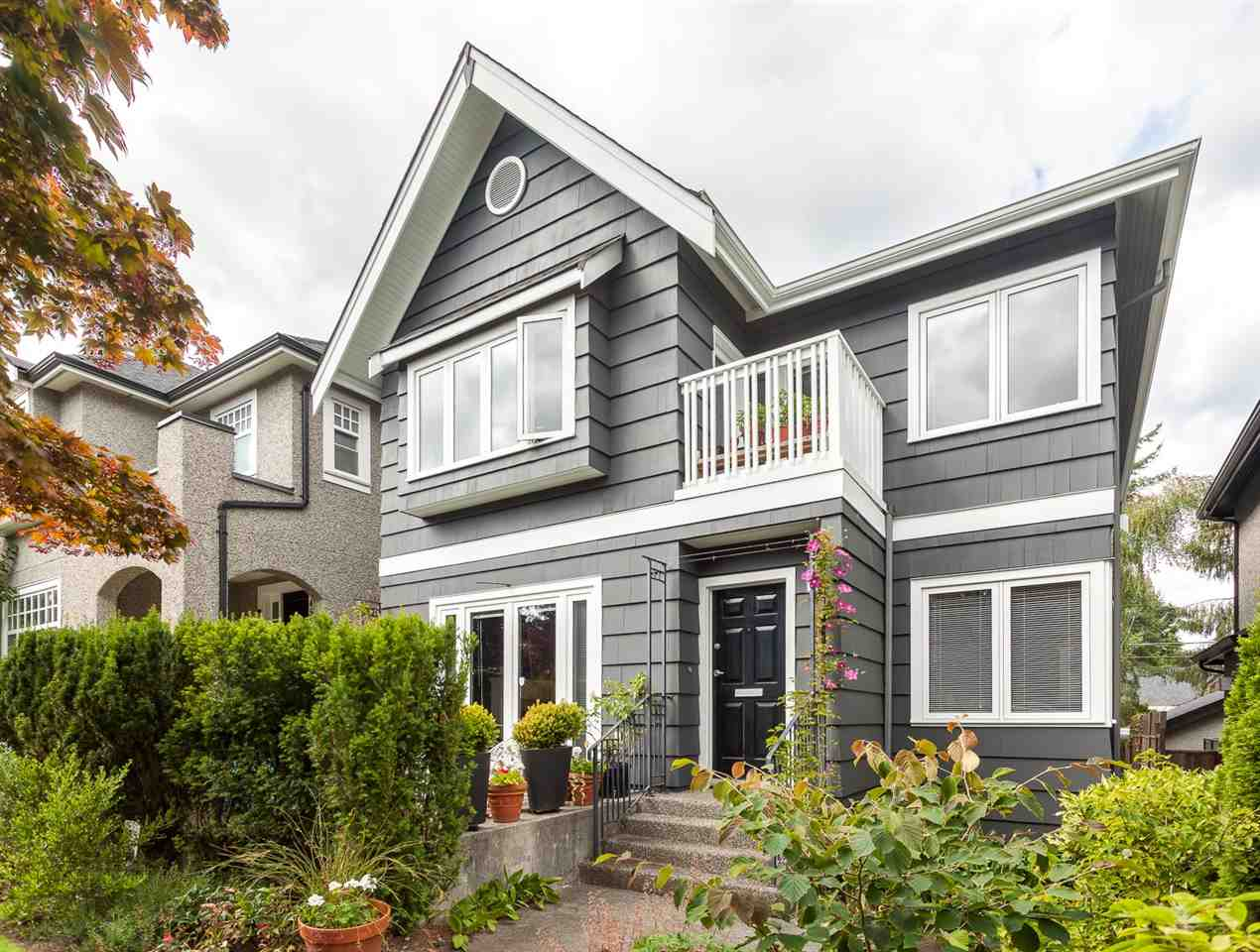 Main Photo: 4559 W 12TH Avenue in Vancouver: Point Grey House for sale (Vancouver West)  : MLS® # R2110055