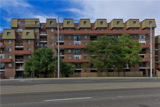 Main Photo: 415 3025 The Credit Woodlands Drive in Mississauga: Erindale Condo for lease : MLS(r) # W3612921