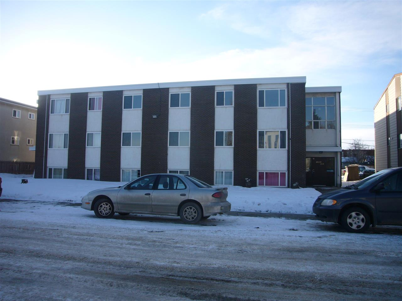 Main Photo: 11 10130 154 Street in Edmonton: Zone 21 Condo for sale : MLS(r) # E4050932
