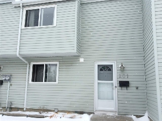 Main Photo: 201 DICKINSFIELD Court in Edmonton: Zone 02 Townhouse for sale : MLS(r) # E4054005