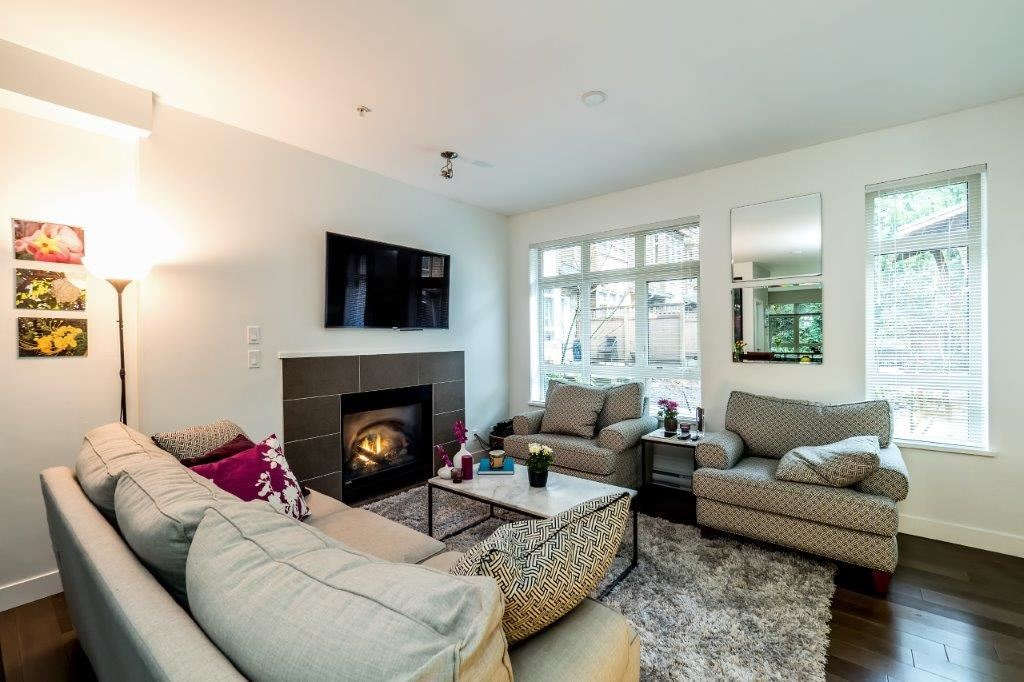 "Photo 4: 3340 MT SEYMOUR Parkway in North Vancouver: Northlands Townhouse for sale in ""NORTHLANDS TERRACE"" : MLS(r) # R2150041"