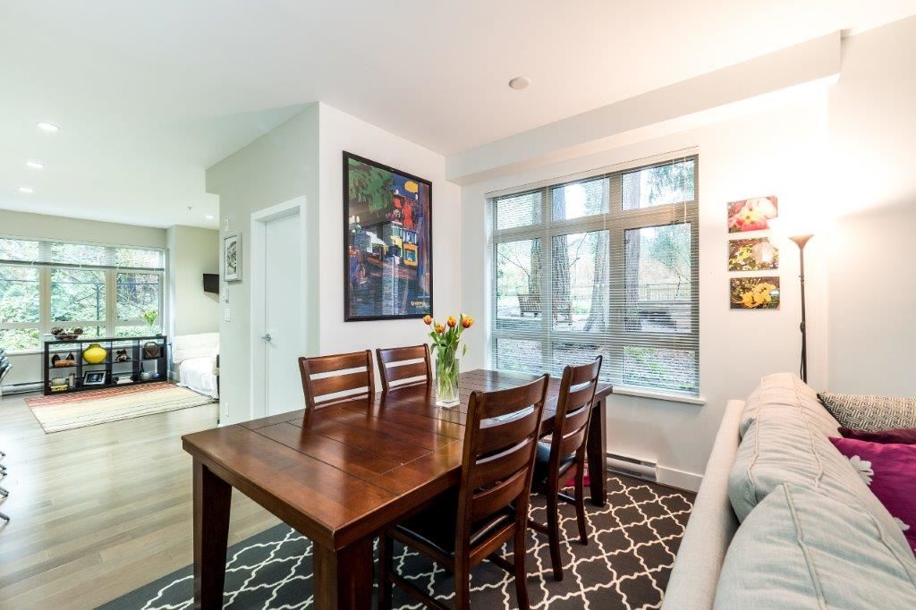 "Photo 6: 3340 MT SEYMOUR Parkway in North Vancouver: Northlands Townhouse for sale in ""NORTHLANDS TERRACE"" : MLS(r) # R2150041"