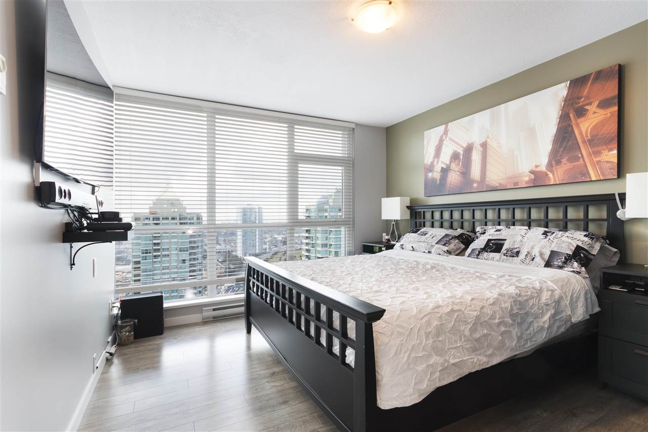 "Photo 11: 2406 4400 BUCHANAN Street in Burnaby: Brentwood Park Condo for sale in ""MOTIF BY BOSA"" (Burnaby North)  : MLS® # R2150380"