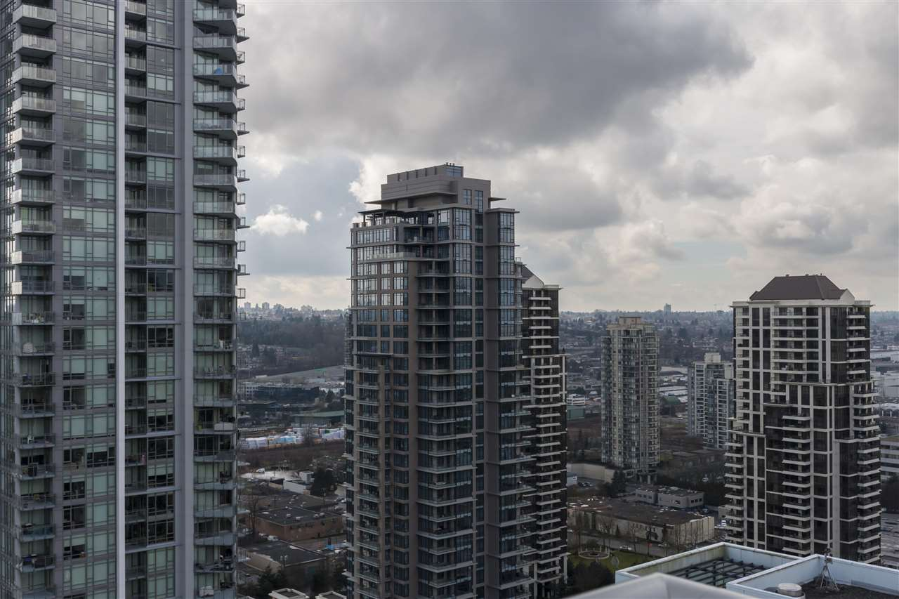 "Photo 19: 2406 4400 BUCHANAN Street in Burnaby: Brentwood Park Condo for sale in ""MOTIF BY BOSA"" (Burnaby North)  : MLS® # R2150380"