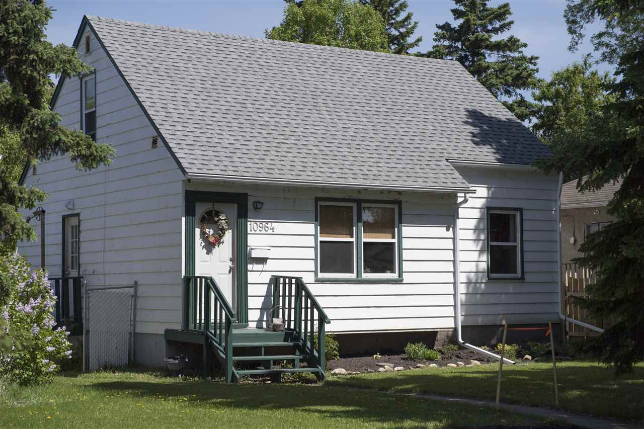Main Photo: 10964 72 Avenue in Edmonton: Zone 15 House for sale : MLS(r) # E4067084