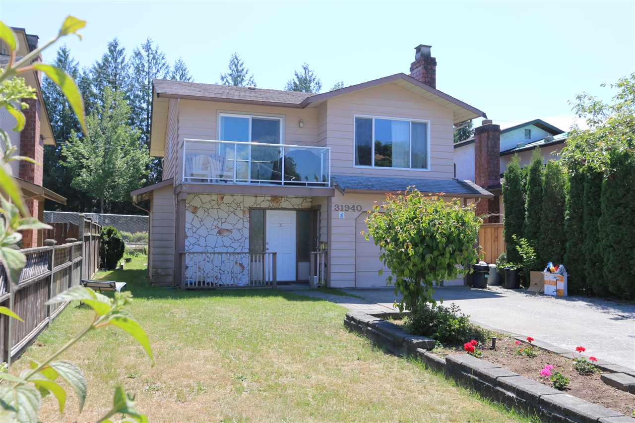 Main Photo: 31940 SATURNA Crescent in Abbotsford: Abbotsford West House for sale : MLS® # R2183430