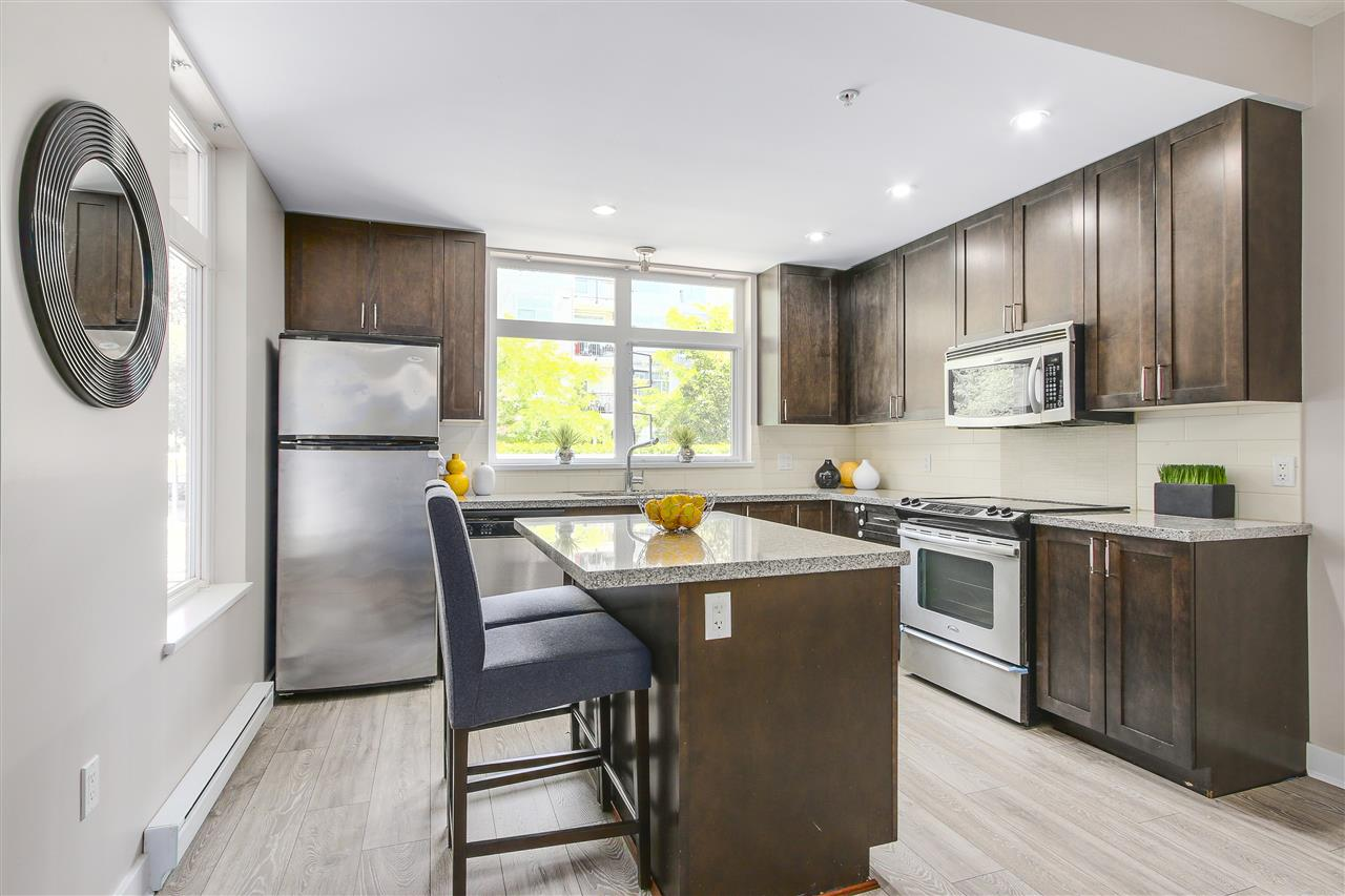 "Photo 9: 108 2368 MARPOLE Avenue in Port Coquitlam: Central Pt Coquitlam Condo for sale in ""RIVER ROCK LANDING"" : MLS® # R2186296"