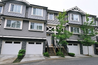 "Main Photo: 61 11252 COTTONWOOD Drive in Maple Ridge: Cottonwood MR Townhouse for sale in ""Cottonwood Ridge"" : MLS® # R2191541"