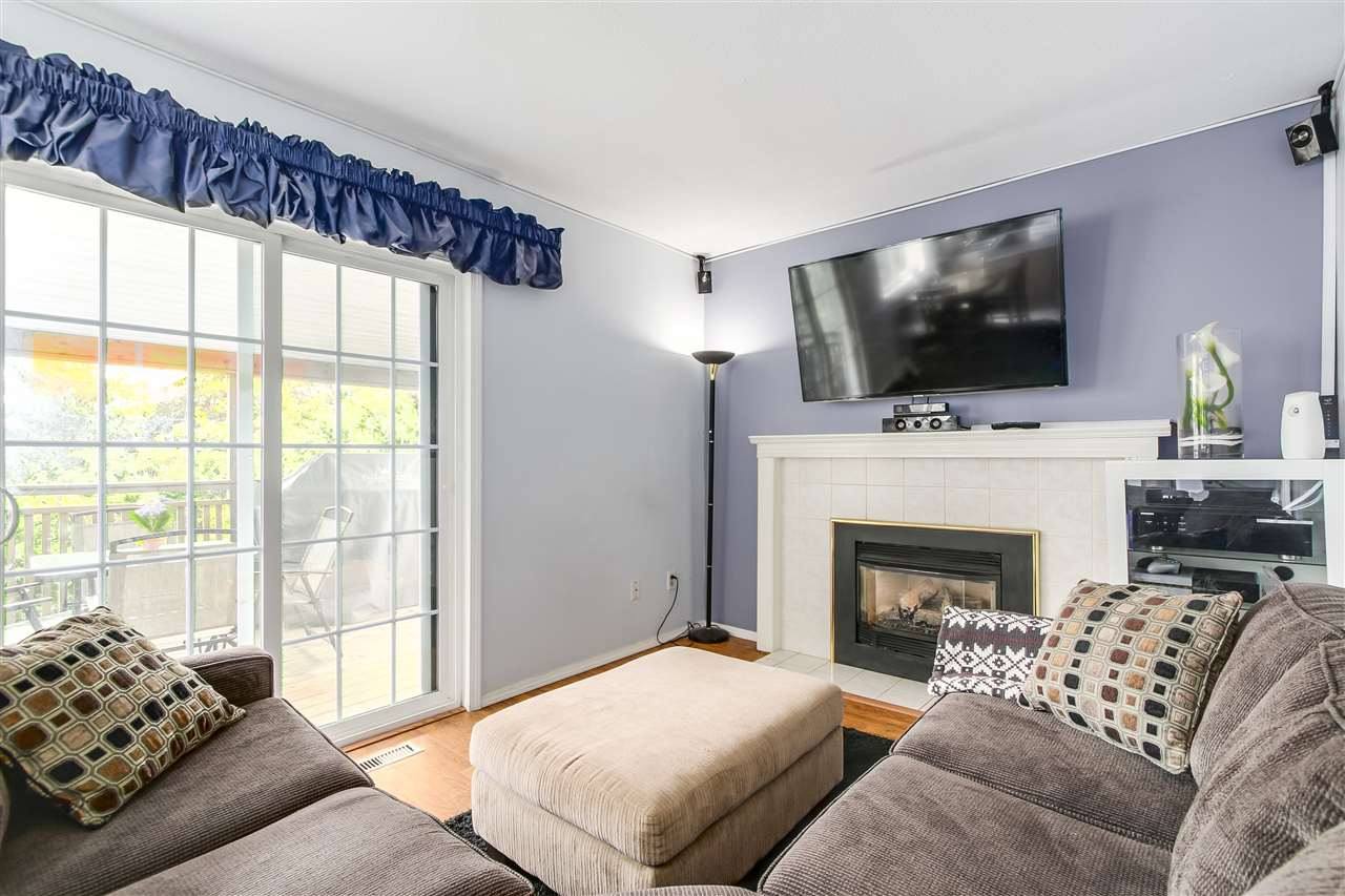 Photo 8: Photos: 115 WARRICK Street in Coquitlam: Cape Horn House for sale : MLS®# R2194175