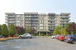 "Main Photo: 507 9300 PARKSVILLE Drive in Richmond: Boyd Park Condo for sale in ""MASTERS GREEN"" : MLS® # R2196234"