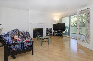Main Photo: 306 7139 18TH Avenue in Burnaby: Edmonds BE Condo for sale (Burnaby East)  : MLS® # R2198364