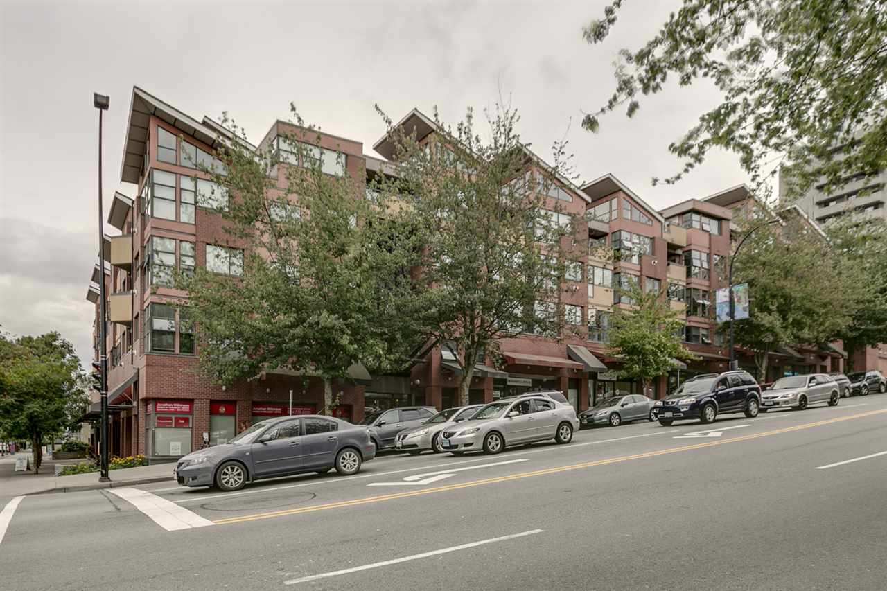 FEATURED LISTING: 406 - 305 LONSDALE Avenue North Vancouver