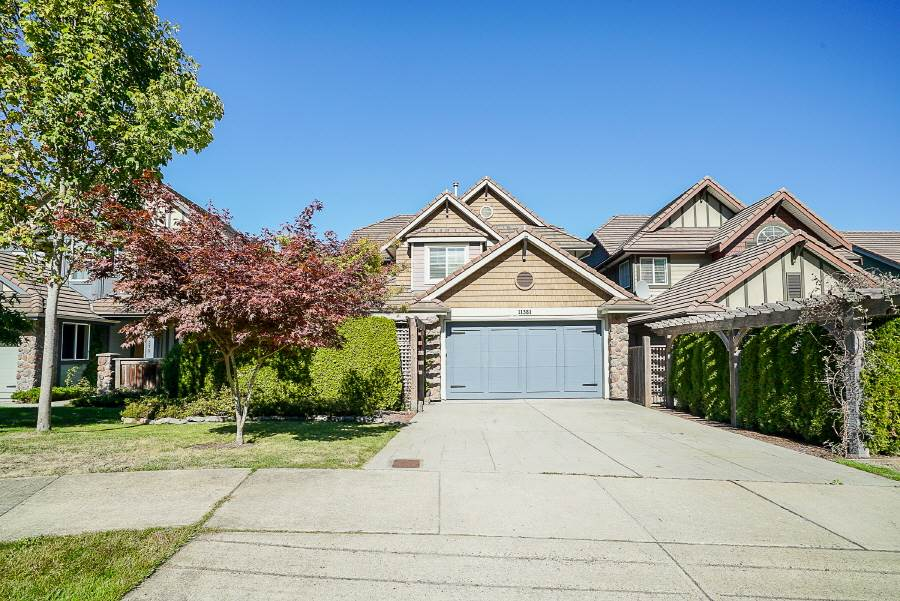 "Photo 1: Photos: 11381 154A Street in Surrey: Fraser Heights House for sale in ""The Vistas"" (North Surrey)  : MLS® # R2211058"