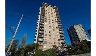 "Main Photo: 1904 145 ST. GEORGES Avenue in North Vancouver: Lower Lonsdale Condo for sale in ""TALISMAN TOWERS"" : MLS® # R2214336"