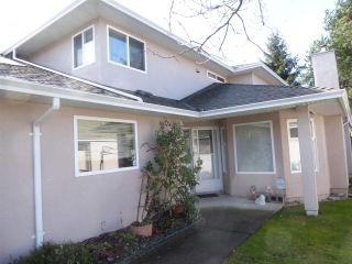 "Main Photo: 152 15501 89A Avenue in Surrey: Fleetwood Tynehead Townhouse for sale in ""AVONDALE"" : MLS® # R2244354"