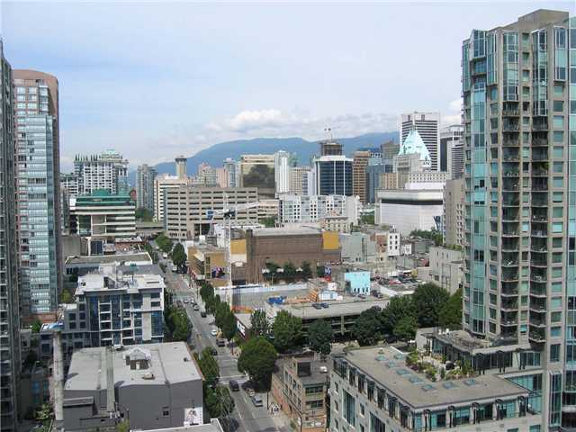 "Main Photo: 2308 909 MAINLAND Street in Vancouver: Downtown VW Condo for sale in ""YALETOWN PARK 2"" (Vancouver West)  : MLS® # V888548"