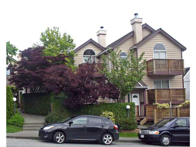 "Main Photo: 642 ST GEORGES Avenue in North Vancouver: Lower Lonsdale Townhouse for sale in ""ST GEORGES COURT"" : MLS®# V899118"