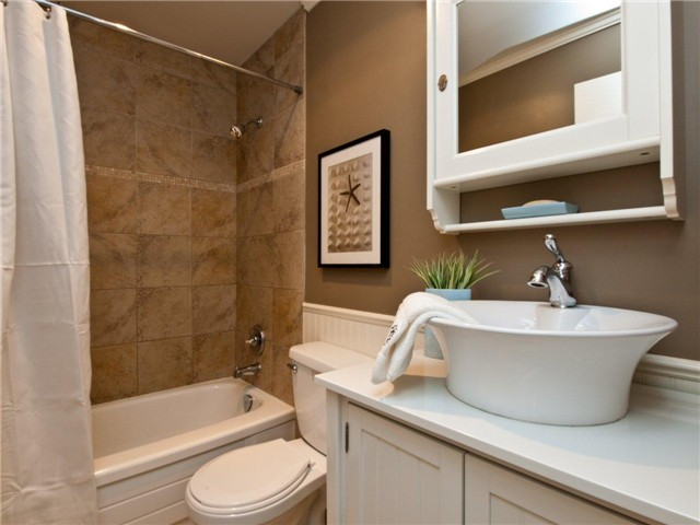 "Photo 7: 642 ST GEORGES Avenue in North Vancouver: Lower Lonsdale Townhouse for sale in ""ST GEORGES COURT"" : MLS® # V899118"