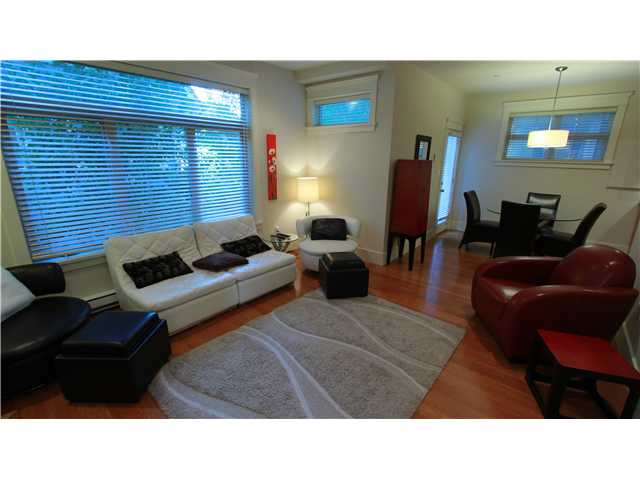 Main Photo: 1516 Graveley Street in Vancouver: Grandview VE Townhouse for sale (Vancouver East)  : MLS® # v971619