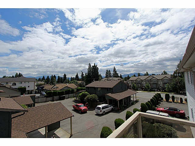 "Photo 14: 303 33839 MARSHALL Road in Abbotsford: Central Abbotsford Condo for sale in ""City Scape"" : MLS(r) # F1447100"