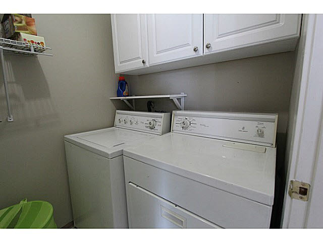 "Photo 13: 303 33839 MARSHALL Road in Abbotsford: Central Abbotsford Condo for sale in ""City Scape"" : MLS(r) # F1447100"