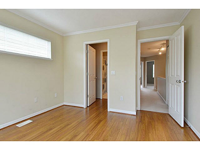"Photo 12: 19 12778 66TH Avenue in Surrey: West Newton Townhouse for sale in ""HATHAWAY VILLAGE"" : MLS® # F1451418"