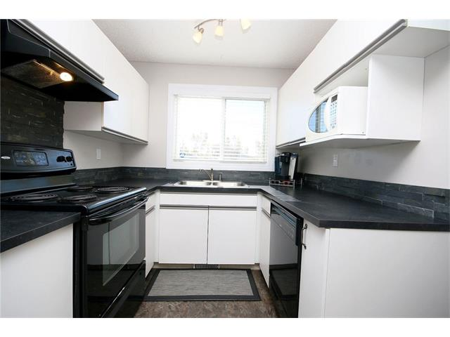 Photo 17: 111 4810 40 Avenue SW in Calgary: Glamorgan House for sale : MLS(r) # C4033222