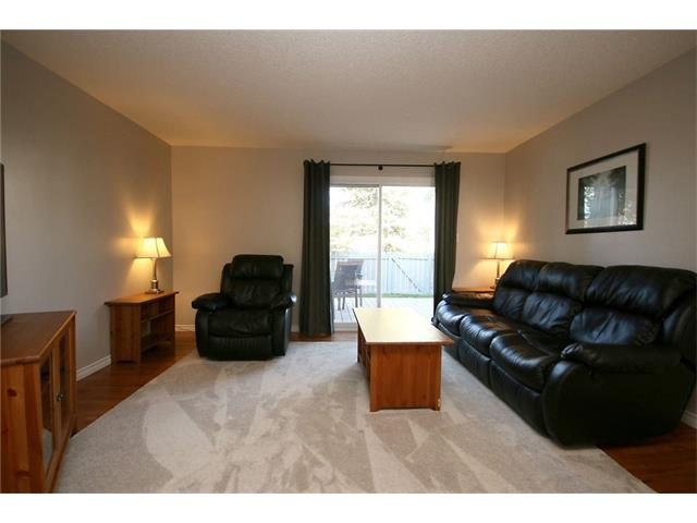 Photo 6: 111 4810 40 Avenue SW in Calgary: Glamorgan House for sale : MLS(r) # C4033222