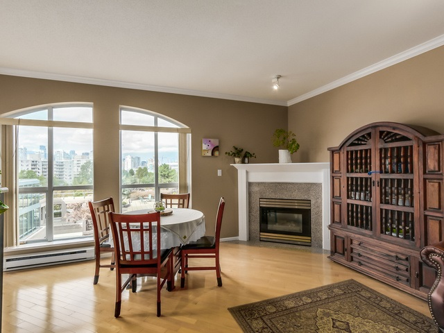 "Photo 2: PH13 511 W 7TH Avenue in Vancouver: Fairview VW Condo for sale in ""Beverly Gardens"" (Vancouver West)  : MLS(r) # R2004156"