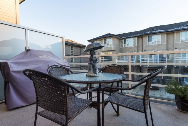 "Photo 16: 40 15405 31 Avenue in Surrey: Grandview Surrey Townhouse for sale in ""Nuvo 2"" (South Surrey White Rock)  : MLS® # R2018076"
