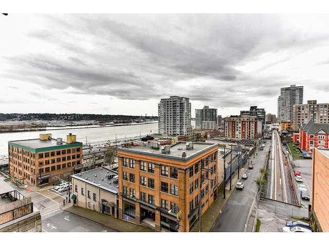 "Main Photo: 705 39 SIXTH Street in New Westminster: Downtown NW Condo for sale in ""QUANTUM"" : MLS® # R2042920"