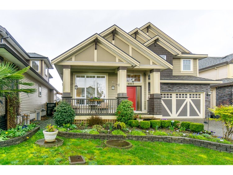 "Photo 2: 8157 211 Street in Langley: Willoughby Heights House for sale in ""Yorkson"" : MLS(r) # R2043552"