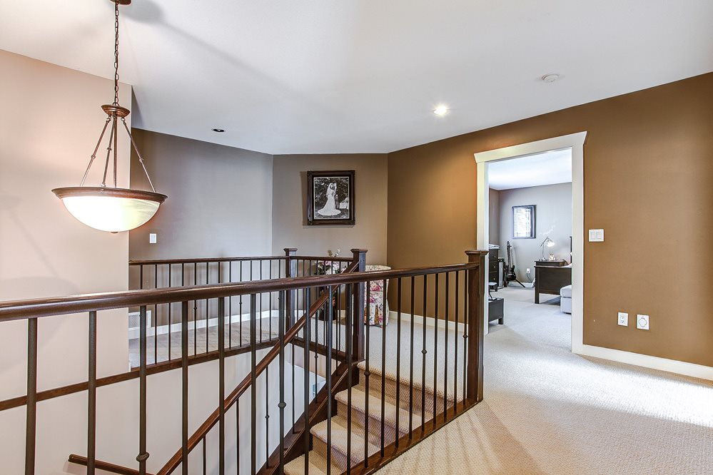 "Photo 11: 7309 197 Street in Langley: Willoughby Heights House for sale in ""WILLOUGHBY HEIGHTS"" : MLS® # R2054576"